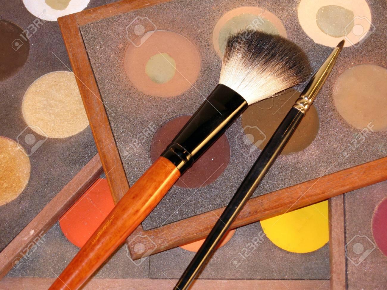 make-up, brushes, cosmetics, make-up and brushes Stock Photo - 945573