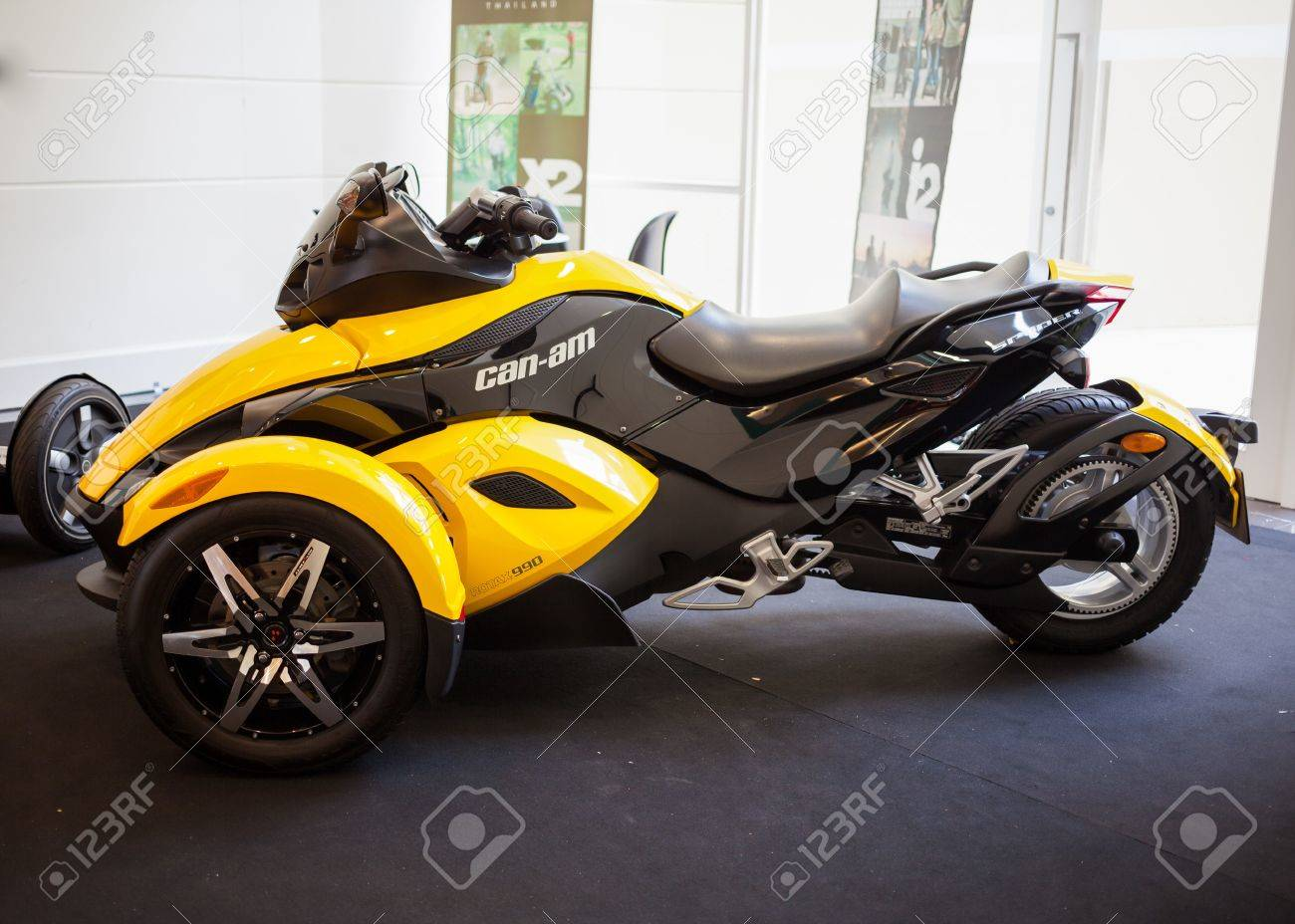 Can Am Roadster >> Bangkok September 22 The Can Am Spyder Rs Roadster On Display