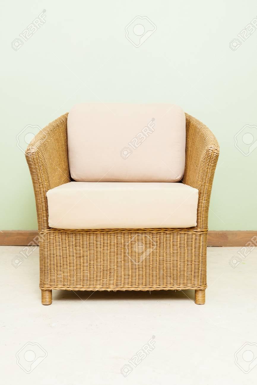 schlafmöbel weben bambus-stuhl lizenzfreie fotos, bilder und stock