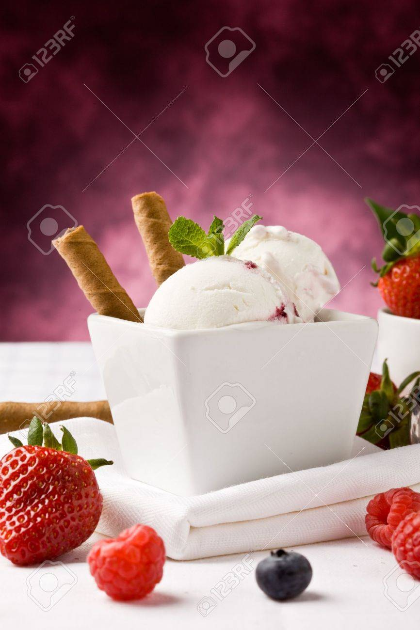 photo of delicious ice cream with berries on the table Stock Photo - 9366690