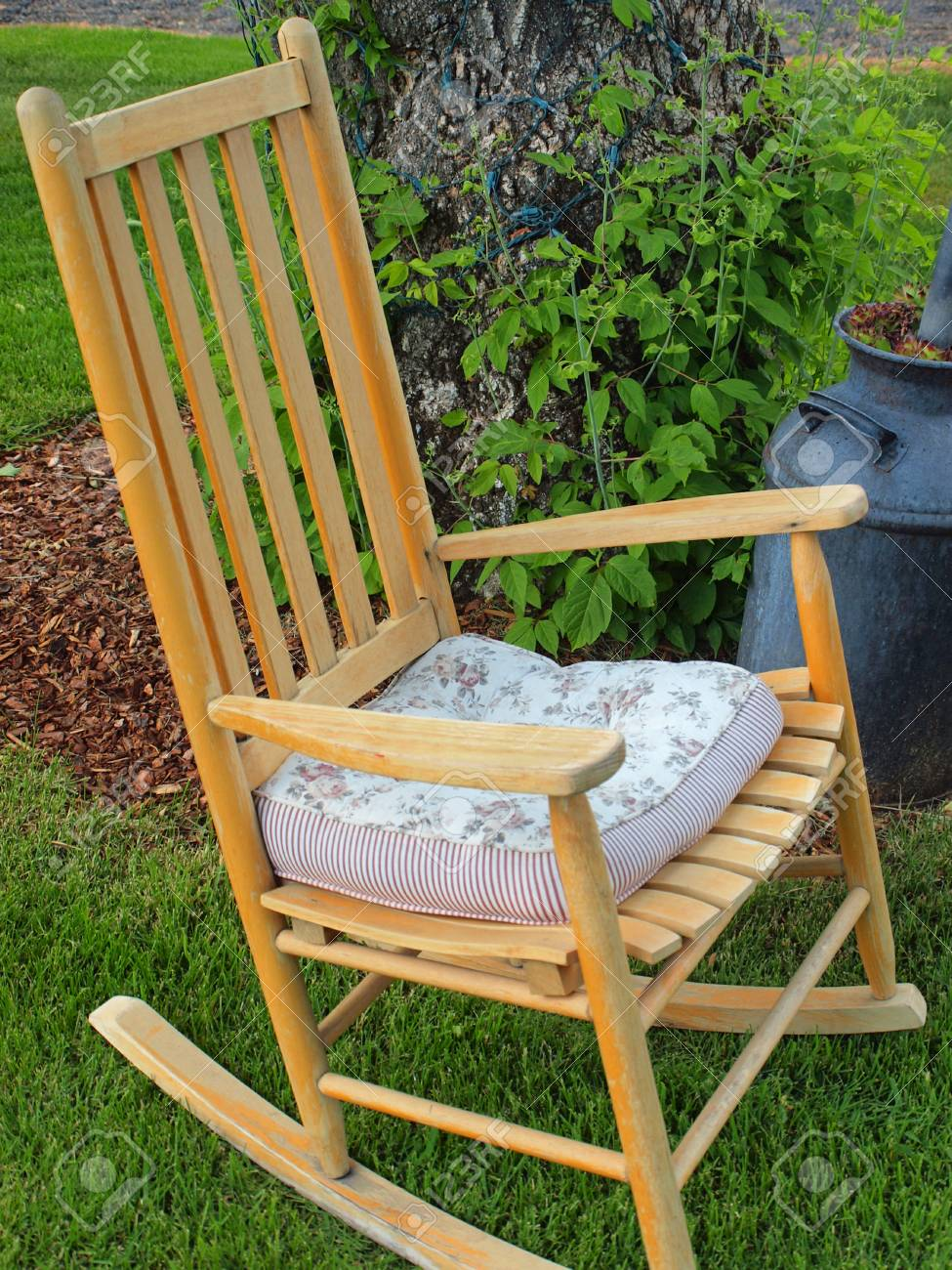 Fantastic Wooden Rocking Chairs On A Beautiful Green Lawn Squirreltailoven Fun Painted Chair Ideas Images Squirreltailovenorg