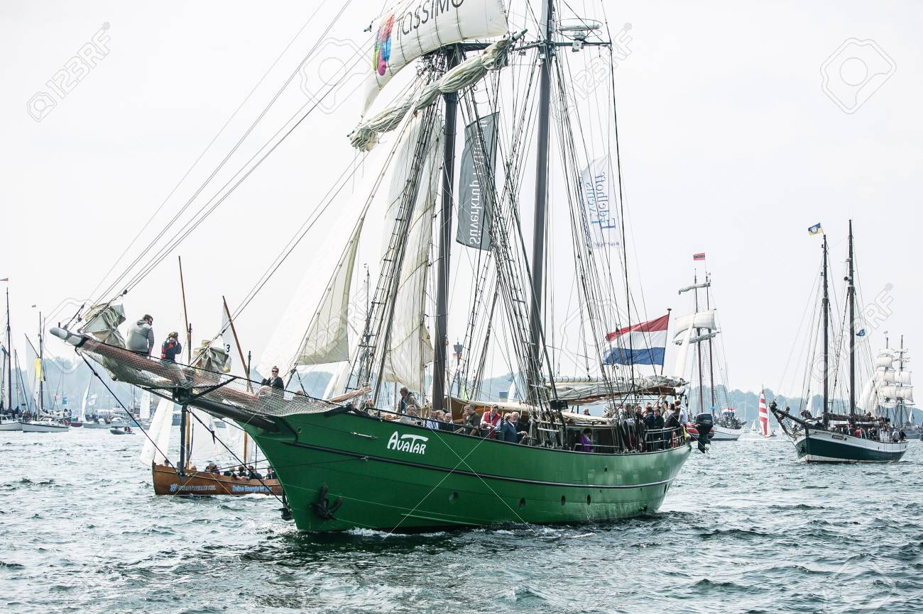 Largest parade of windjammers in the world during Kiel Week - 58094571