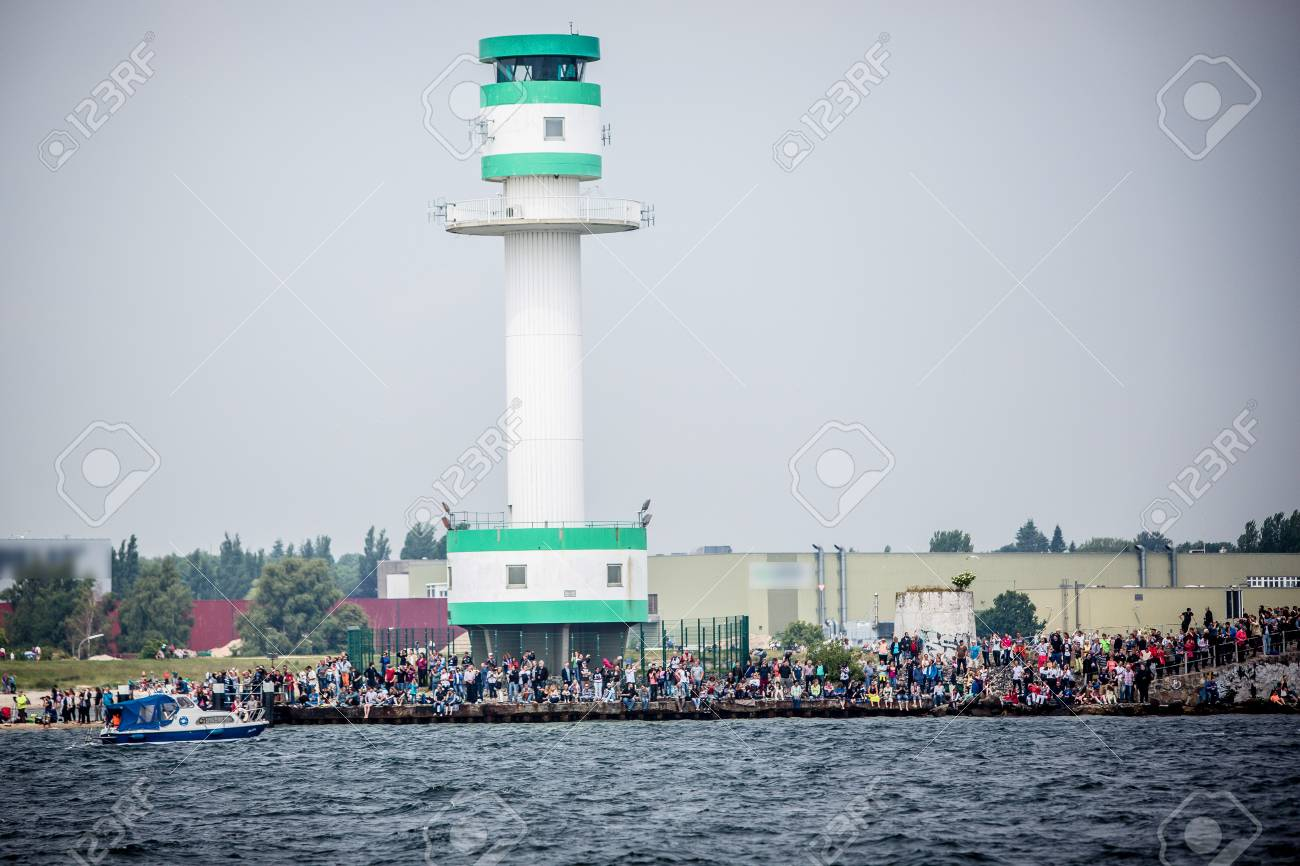 Largest parade of windjammers in the world during Kiel Week - 58094572