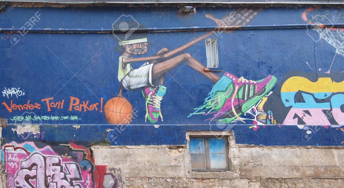 Graffiti portraying Tony Parker, Poitiers streets, France. Stock Photo - 11426446