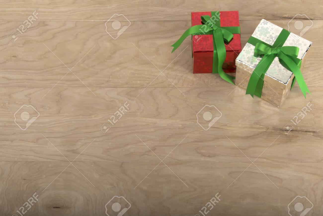 Weihnachtsgeschenke In Holz Hintergrund Für Hollidays Verwendungen ...