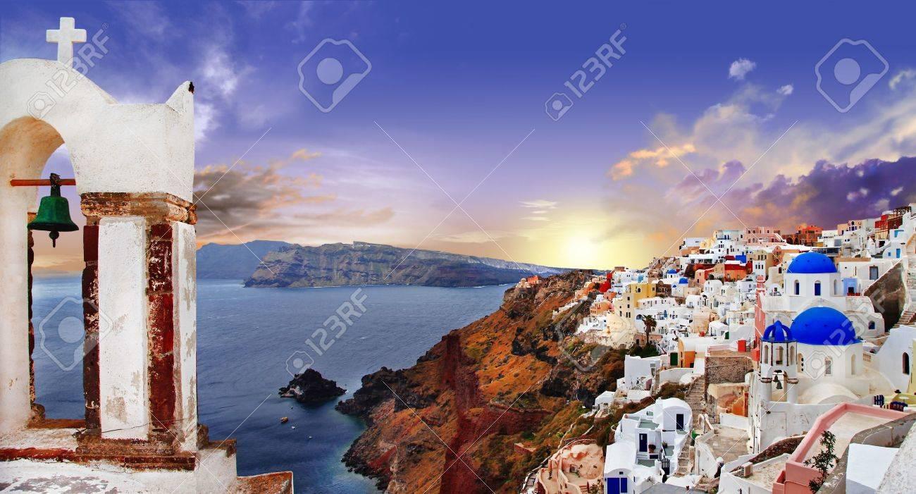 famous Santorini sunset - 20340343