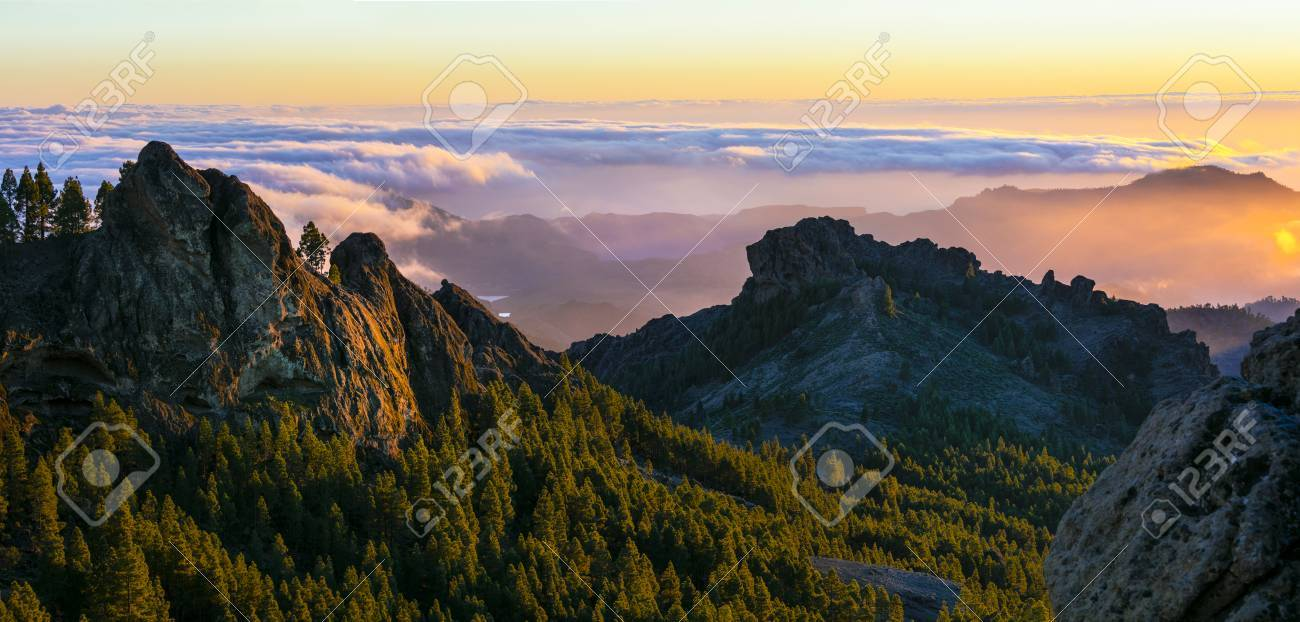 Gran Canaria - sunset over mountains - 60068255