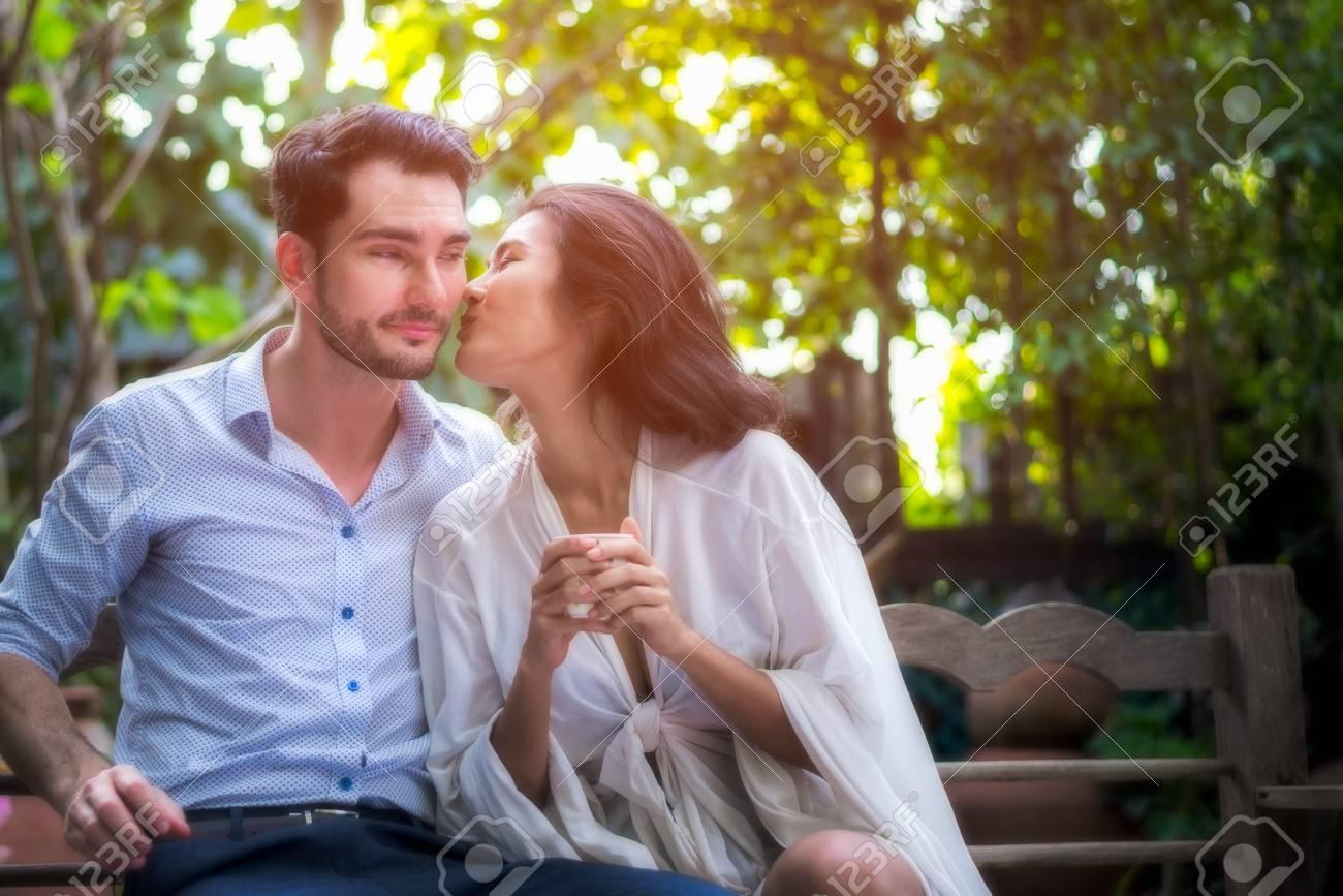 Verheiratete Männer erwischt schwulen Sex
