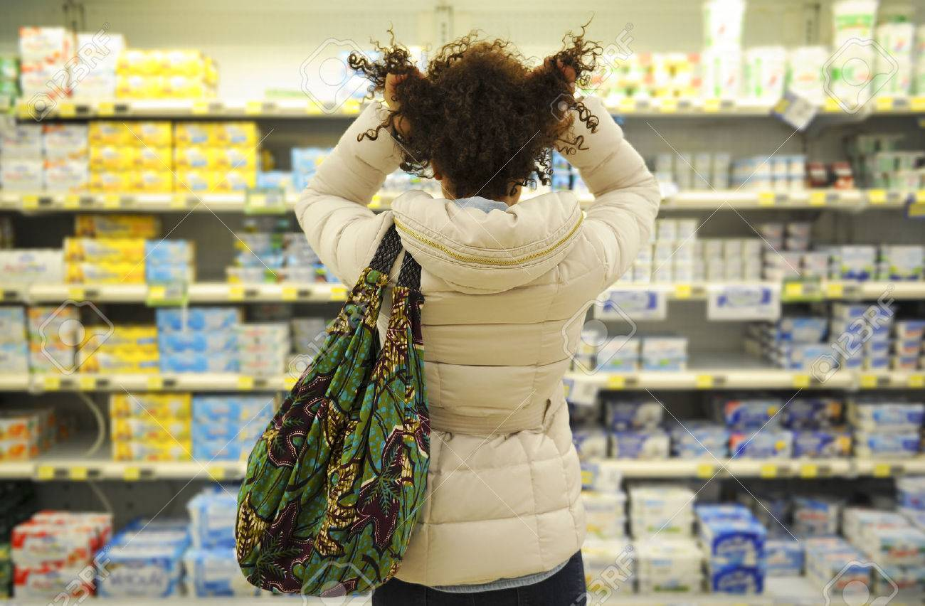 Women, Shopping, Supermarket, Retail, Grocery Product,hair pulling Stock Photo - 24027320