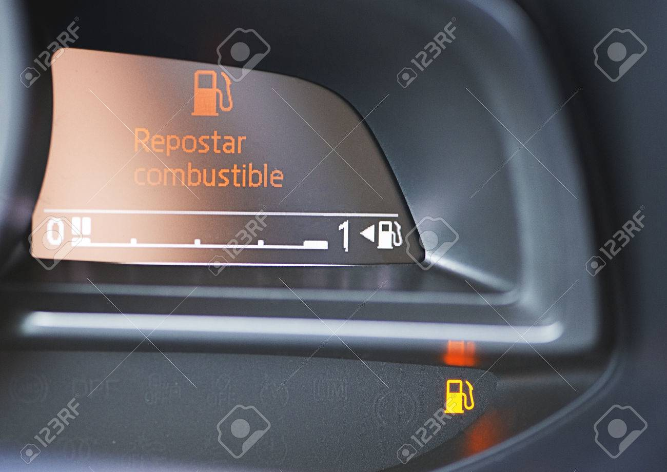 Indicator that the vehicle has no gasoline. Car dashboard. - 85974289