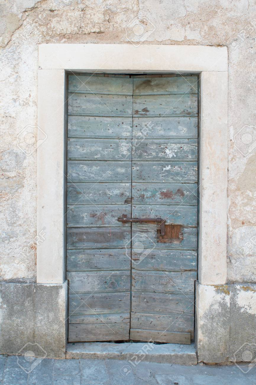 old wooden gate Stock Photo - 6810966