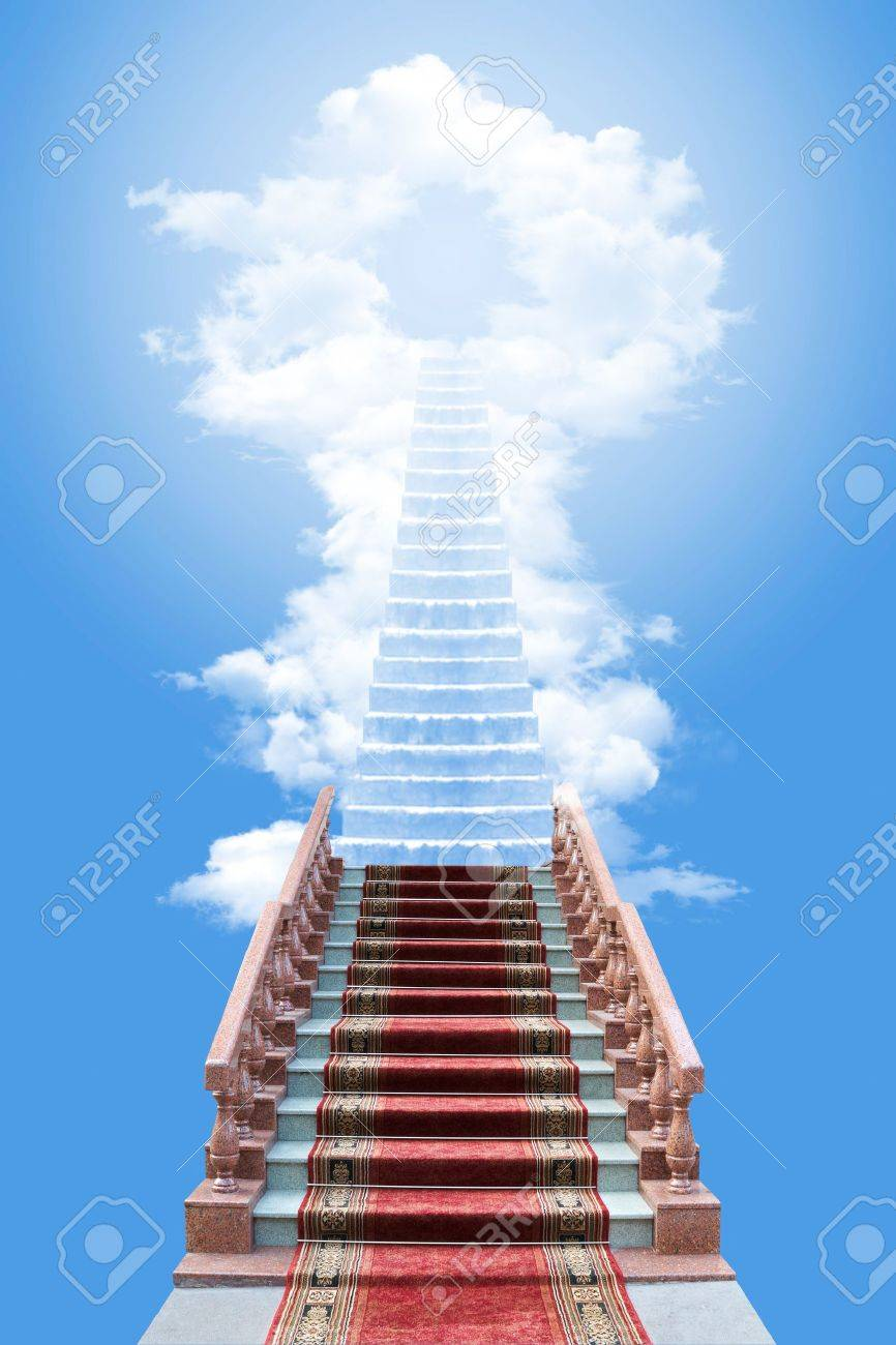 Conceptual image - ladder in the sky - 7219165