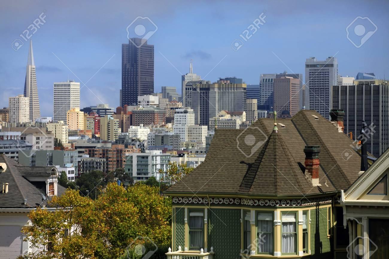View to San Francisco with Alamo Square Stock Photo - 11714826