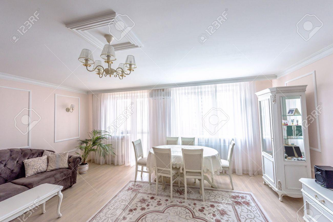 soggiorno moderno con tavolo e divano ~ tutte le immagini per la ...