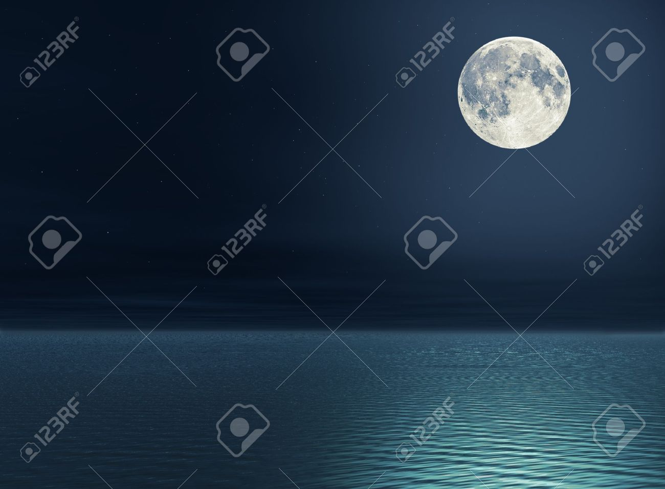 Full moon and stars over the sea Stock Photo - 9604822