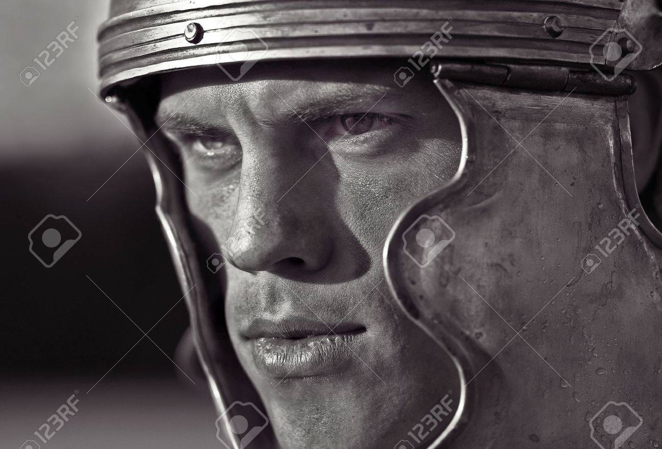 roman soldier images u0026 stock pictures royalty free roman soldier