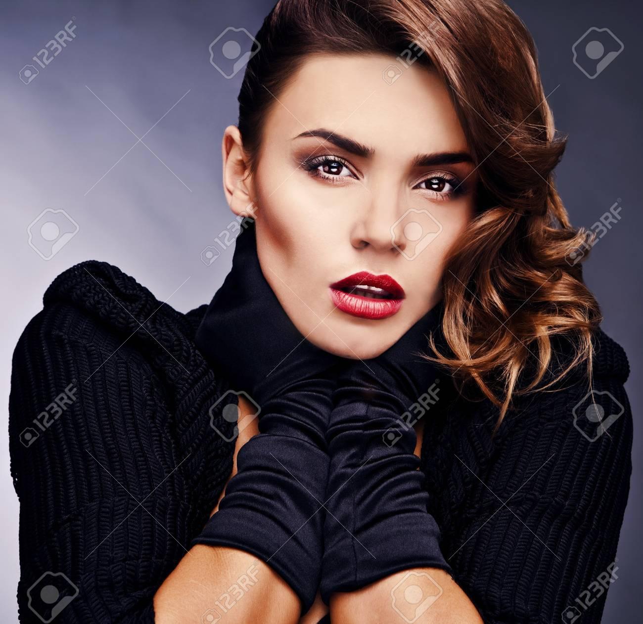 Beautiful elegant woman  Luxury photo Stock Photo - 12960356
