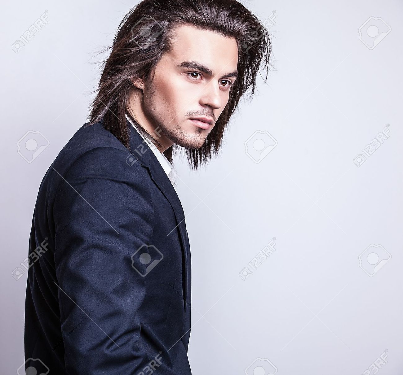 Portrait of handsome long-haired stylish man Banque d'images - 20084935