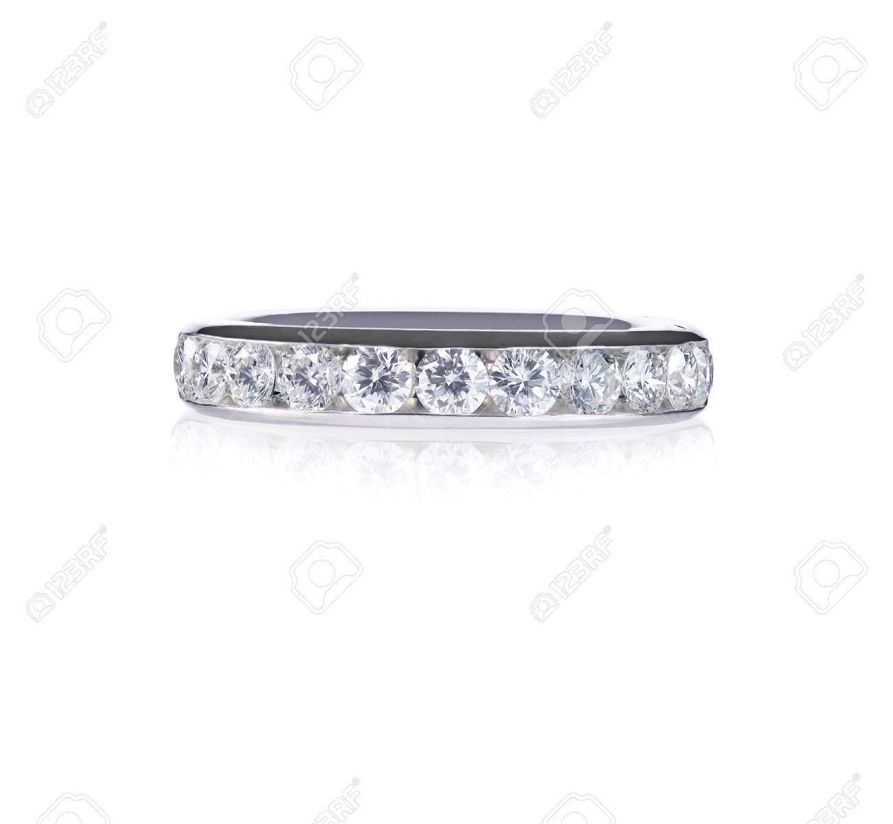 mieux choisir rabais de premier ordre regard détaillé Bello anello banda eternità canale diamante set anniversario con diamanti  incastonati in oro bianco. cerimonia nuziale di modo o banda anniversario.