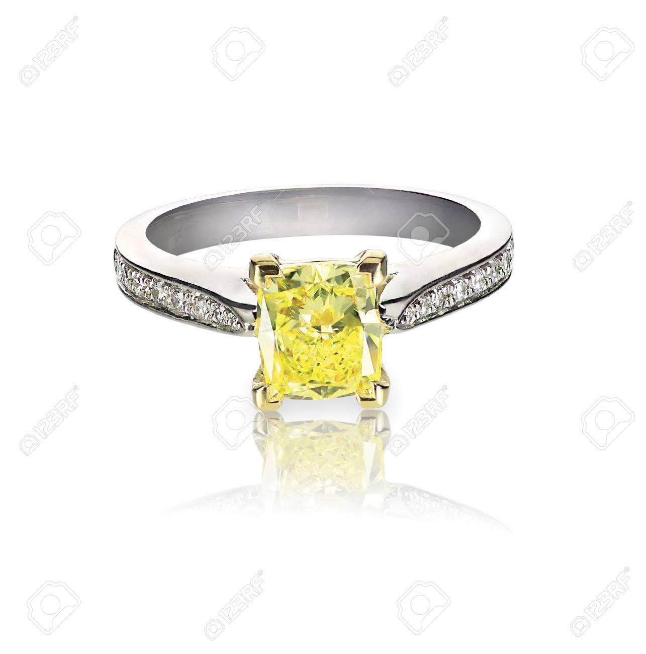 bague diamant jaune et blanc