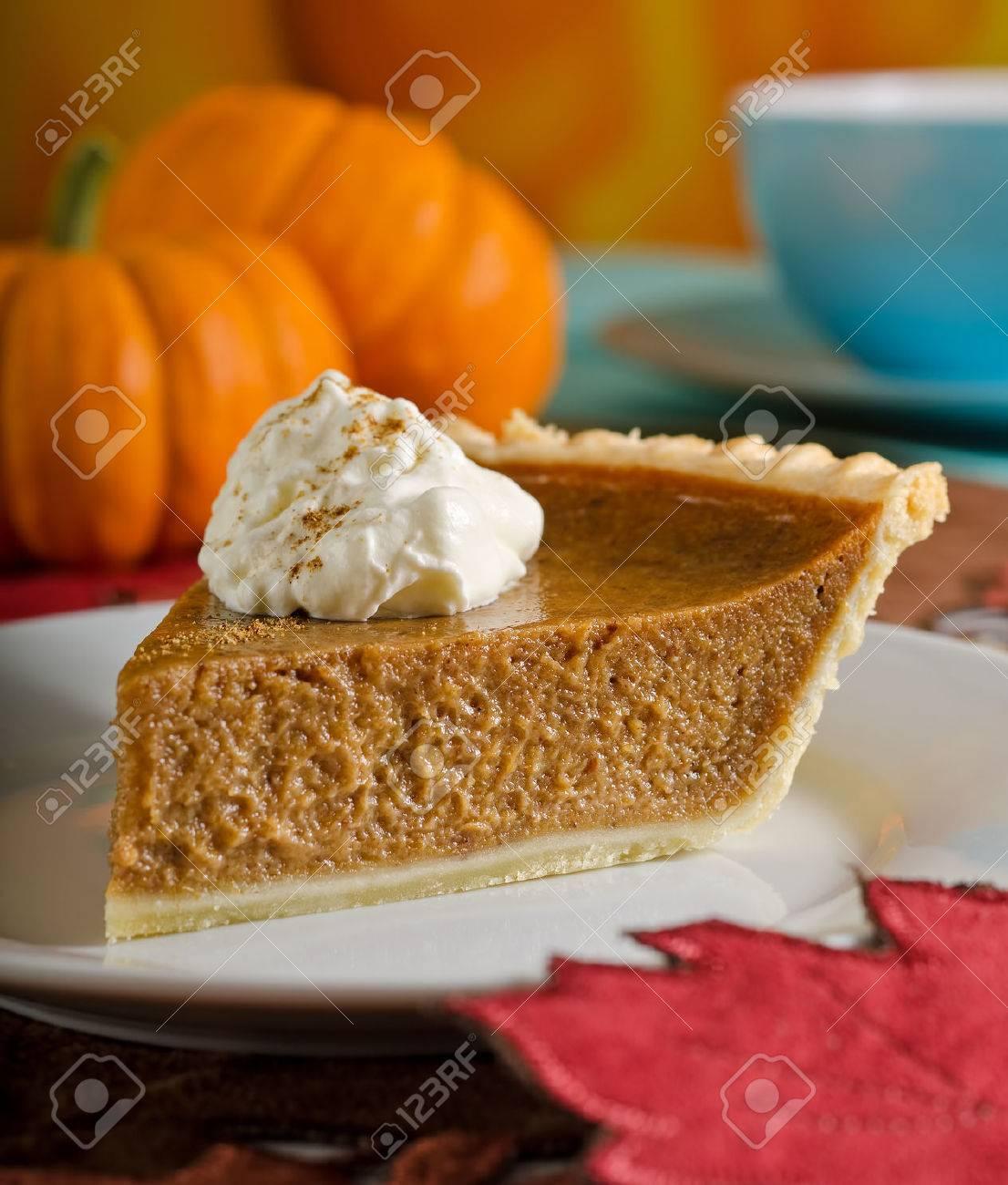 Pumpkin Pie Slice Stock Photo - 22190095