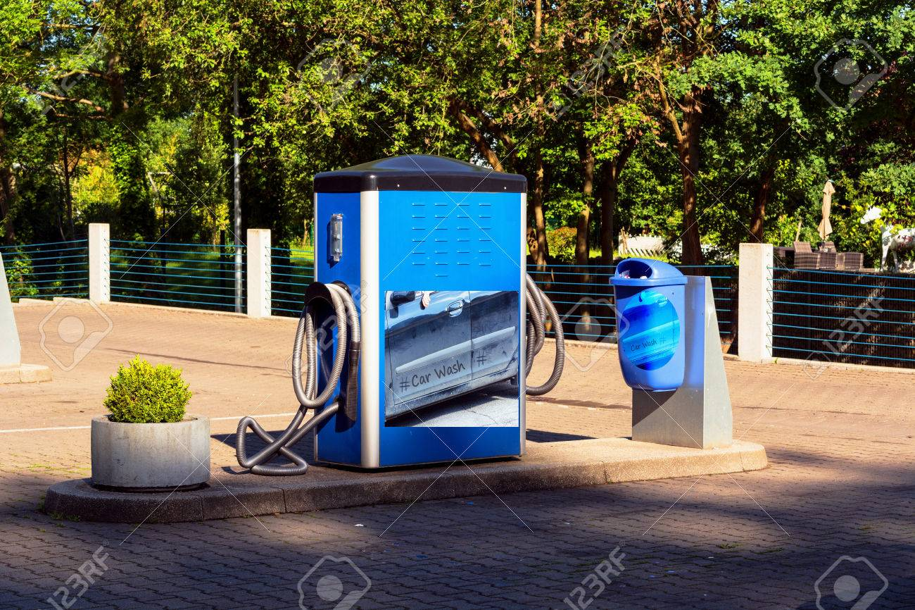 Car Wash Vacuum Cleaner >> Stationary Vacuum Cleaner For Car Cleaning At A Public Car Washing