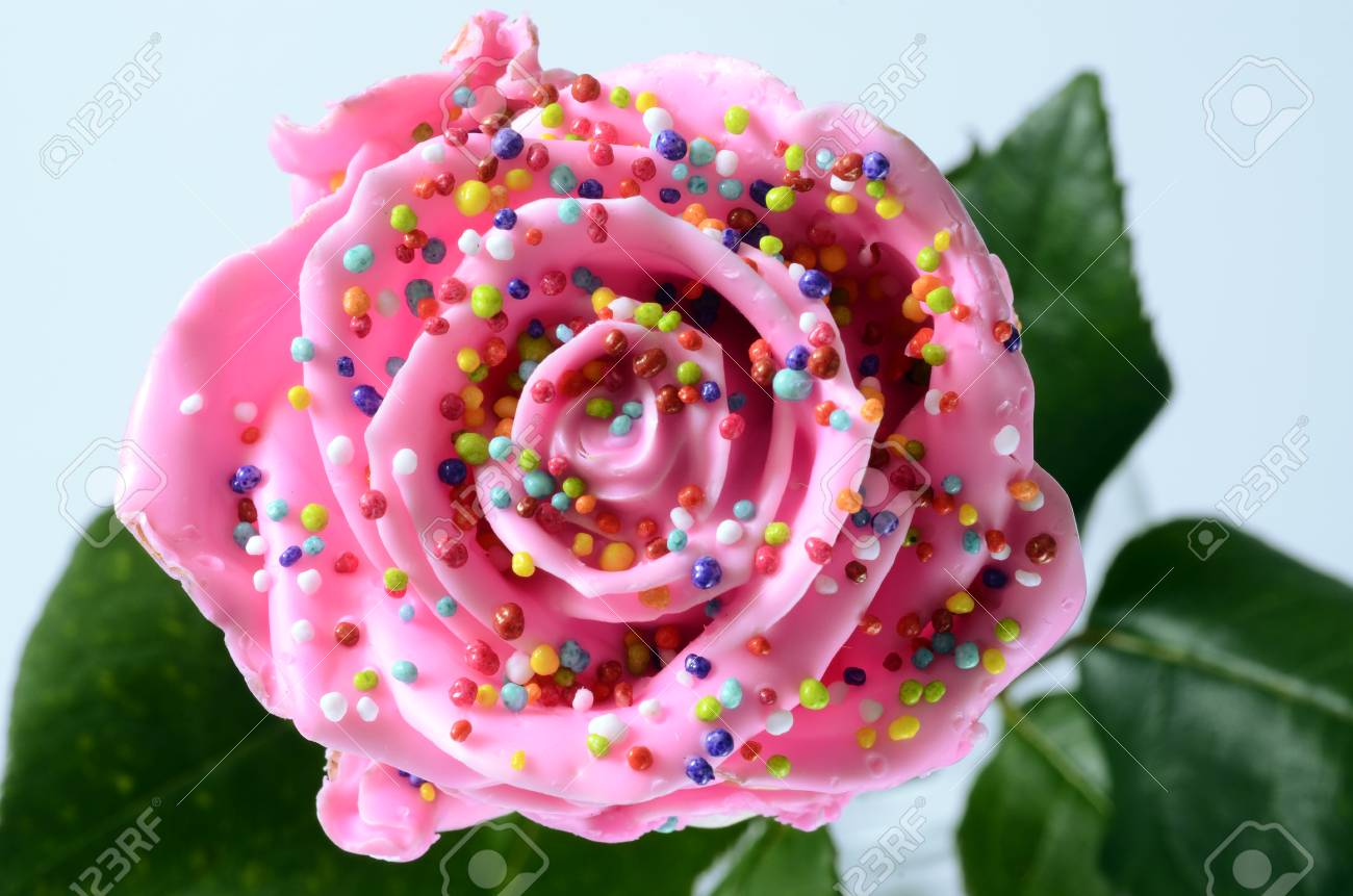 Pinky Rose Flower, Imitation Candy Or Cake, With Colored Vermicelli ...