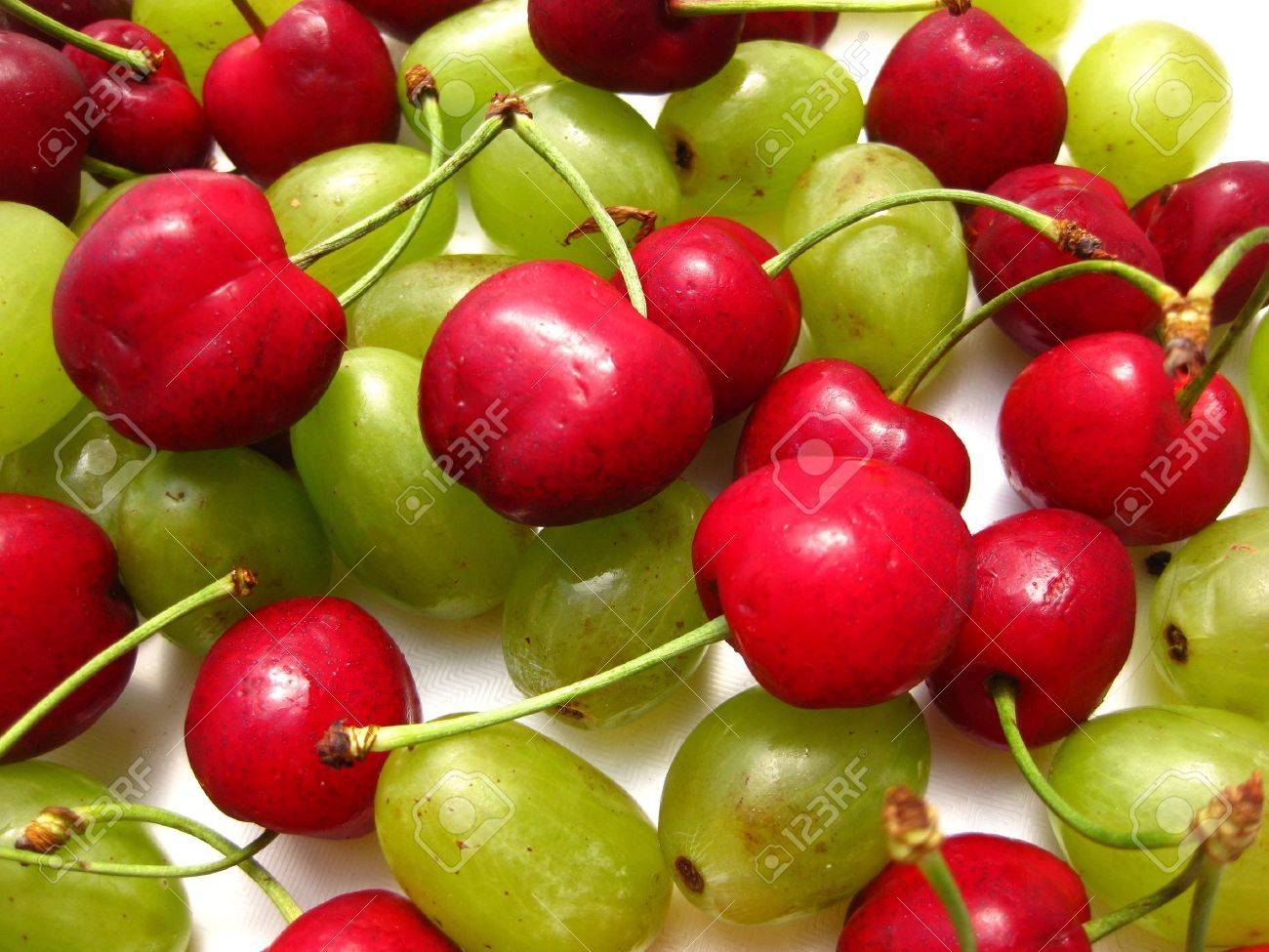 cherries and grapes (background) Stock Photo - 4952650