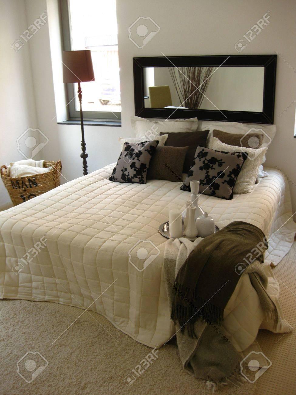 Bedroom interior Stock Photo - 5001012