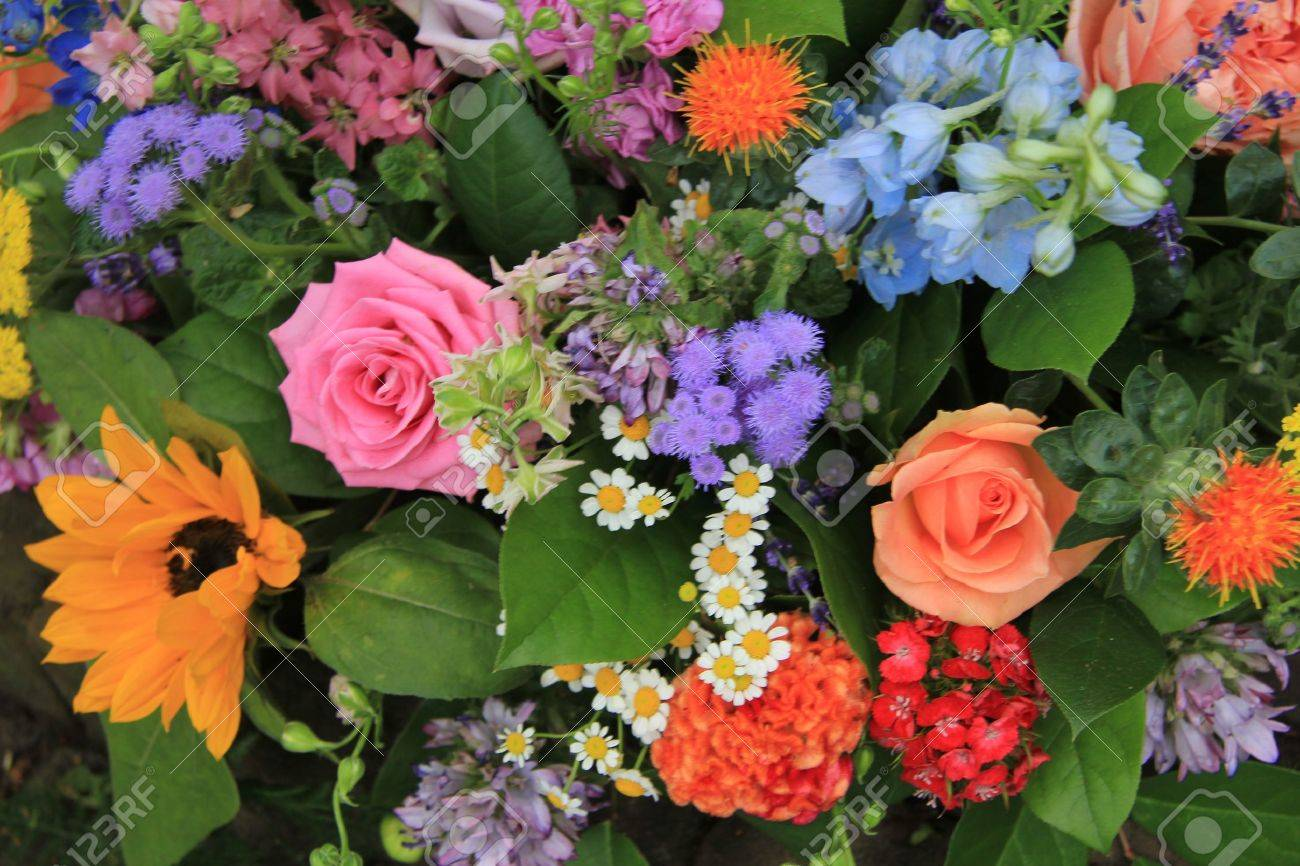 Mixed floral arrangement in many different colors - 14735273