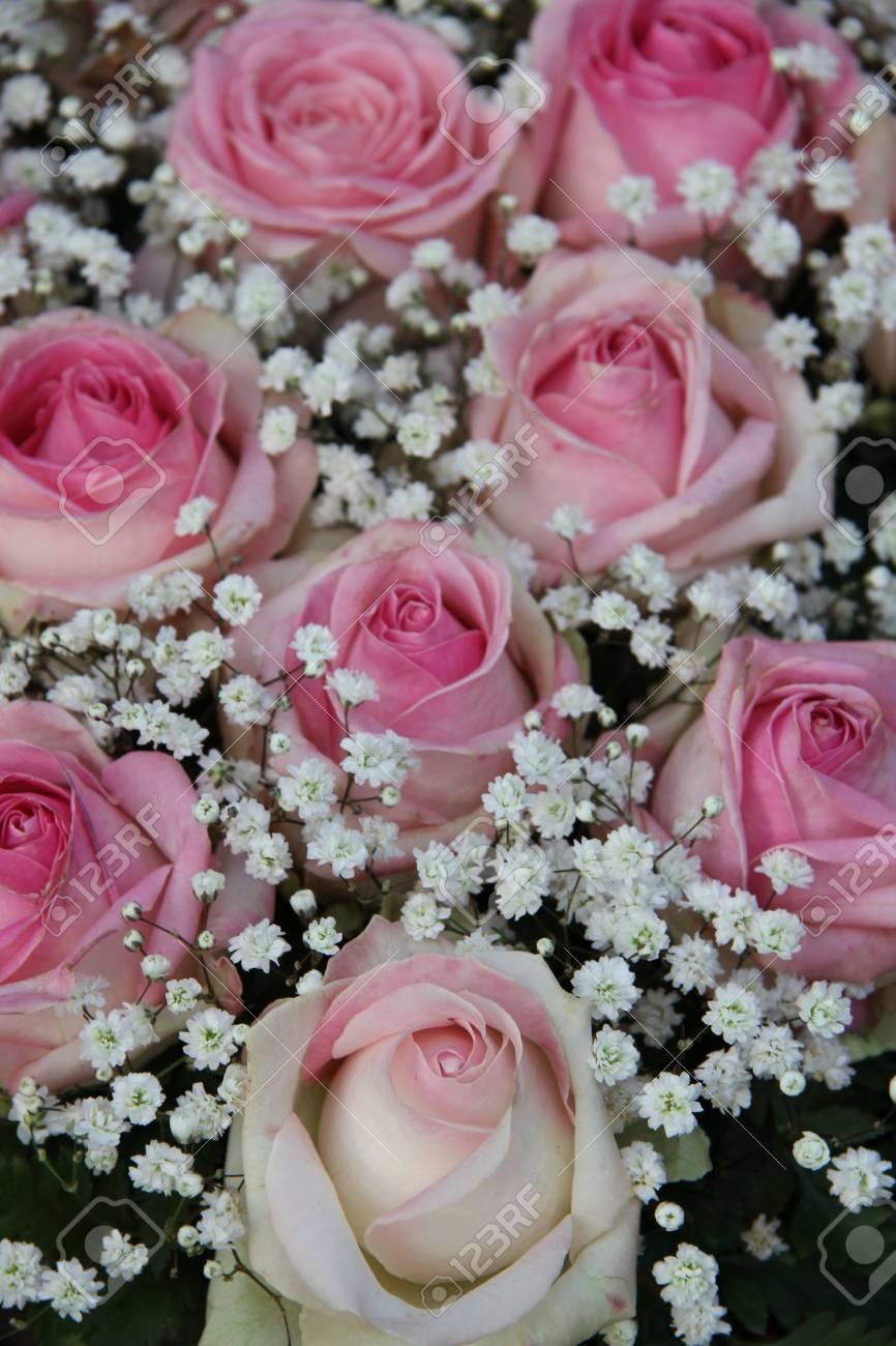 Fiori Da Sposa.Immagini Stock Fiori Da Sposa Rose Rosa E Bianco Gypsophilia