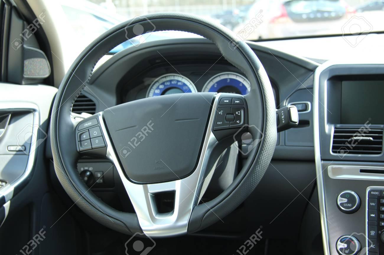 Interieur auto  Armaturenbrett Und Interieur Ein Nagelneues Auto, Leder Und ...