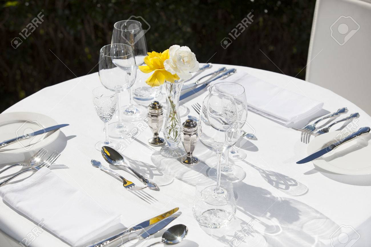 Stock Photo - Table D Hote set up for lunch in an upmarket restaurant 2 & Table D Hote Set Up For Lunch In An Upmarket Restaurant 2 Stock ...