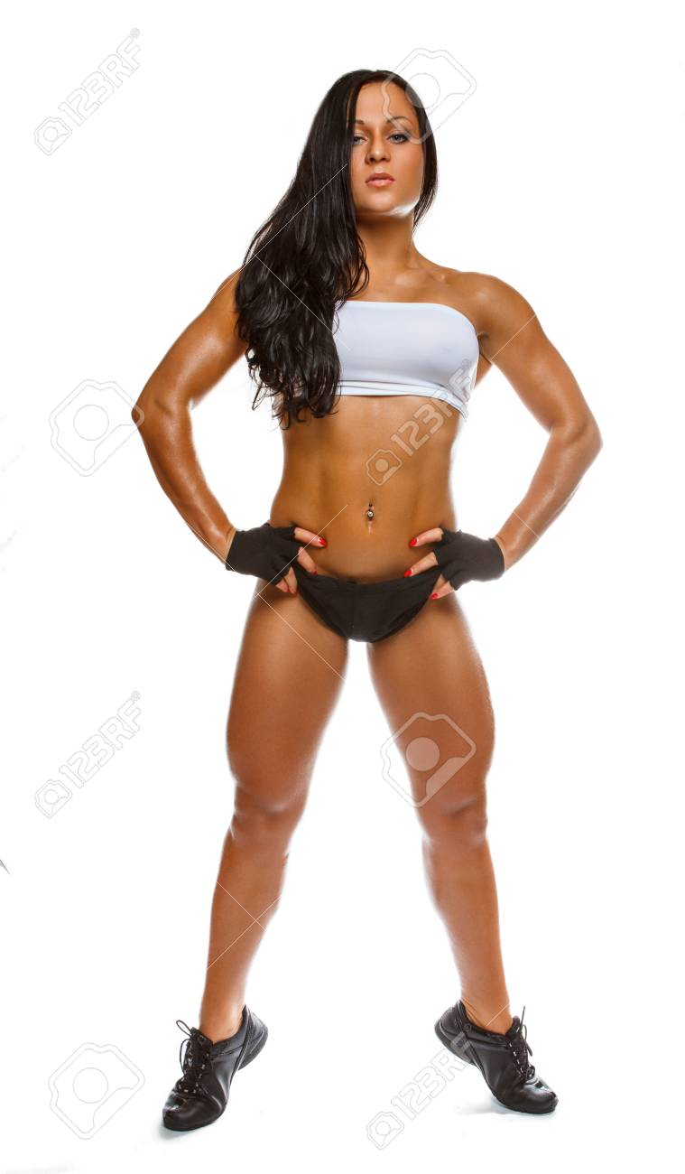 b1a39a6082 Ritratto completo del corpo della donna atletica isolato su una priorità  bassa bianca.