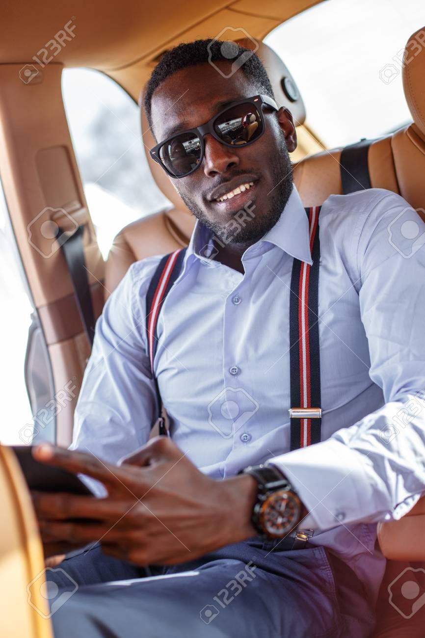 Inteligente Negro Gafas De Sol En El Con Teléfono Hombre Coche rsdthQC