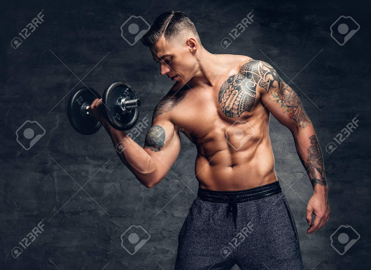 tattoo biceps homme