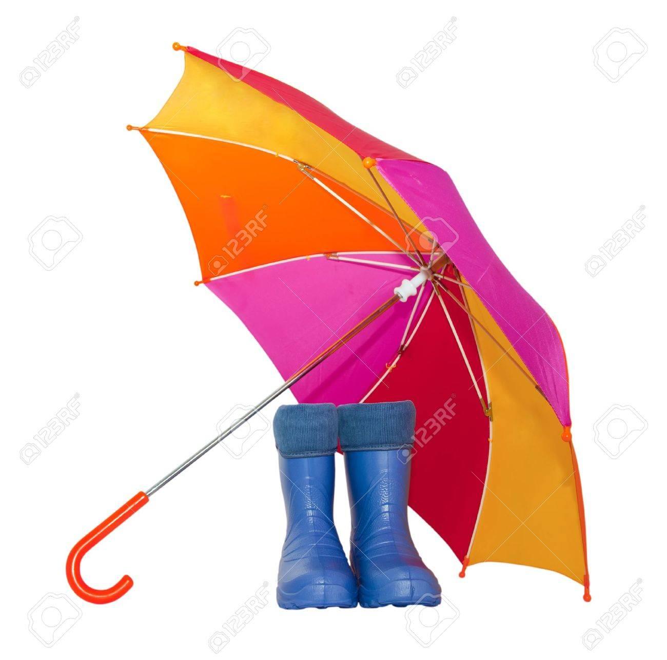 banque dimages bottes en caoutchouc et un parapluie color isol sur un fond blanc - Parapluie Color