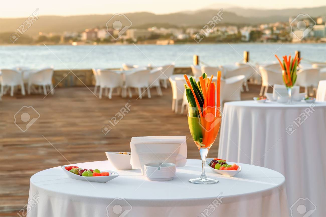 Table setting at beach restaurant Stock Photo - 25312615