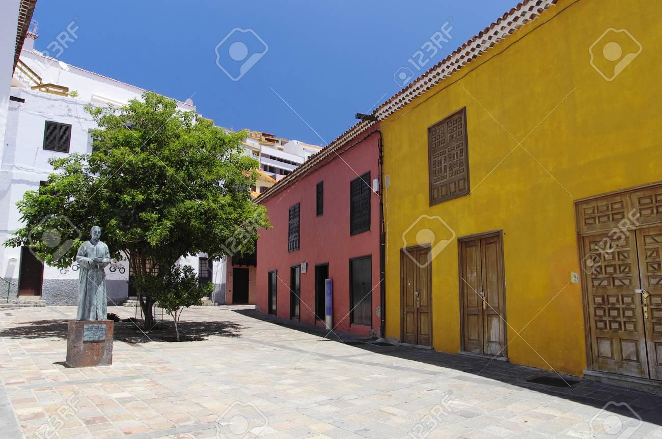 The statue in honor of Jose Torres Padilla, San Sebastian de Gomera, Canary island, Spain - 35081253