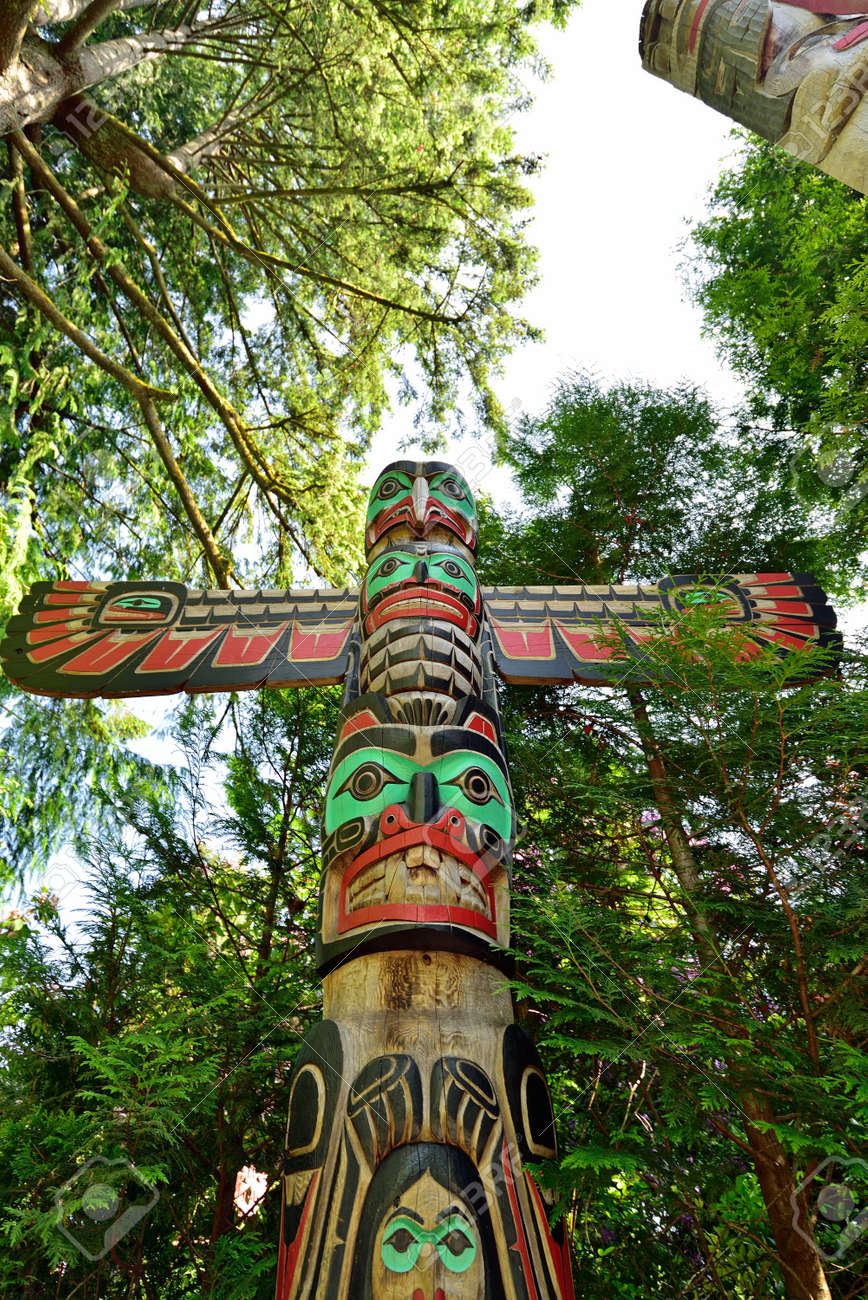 The Indian totem poles located in Capilano Park in Vancouver, Vancouver, BC. Canada - 160494788