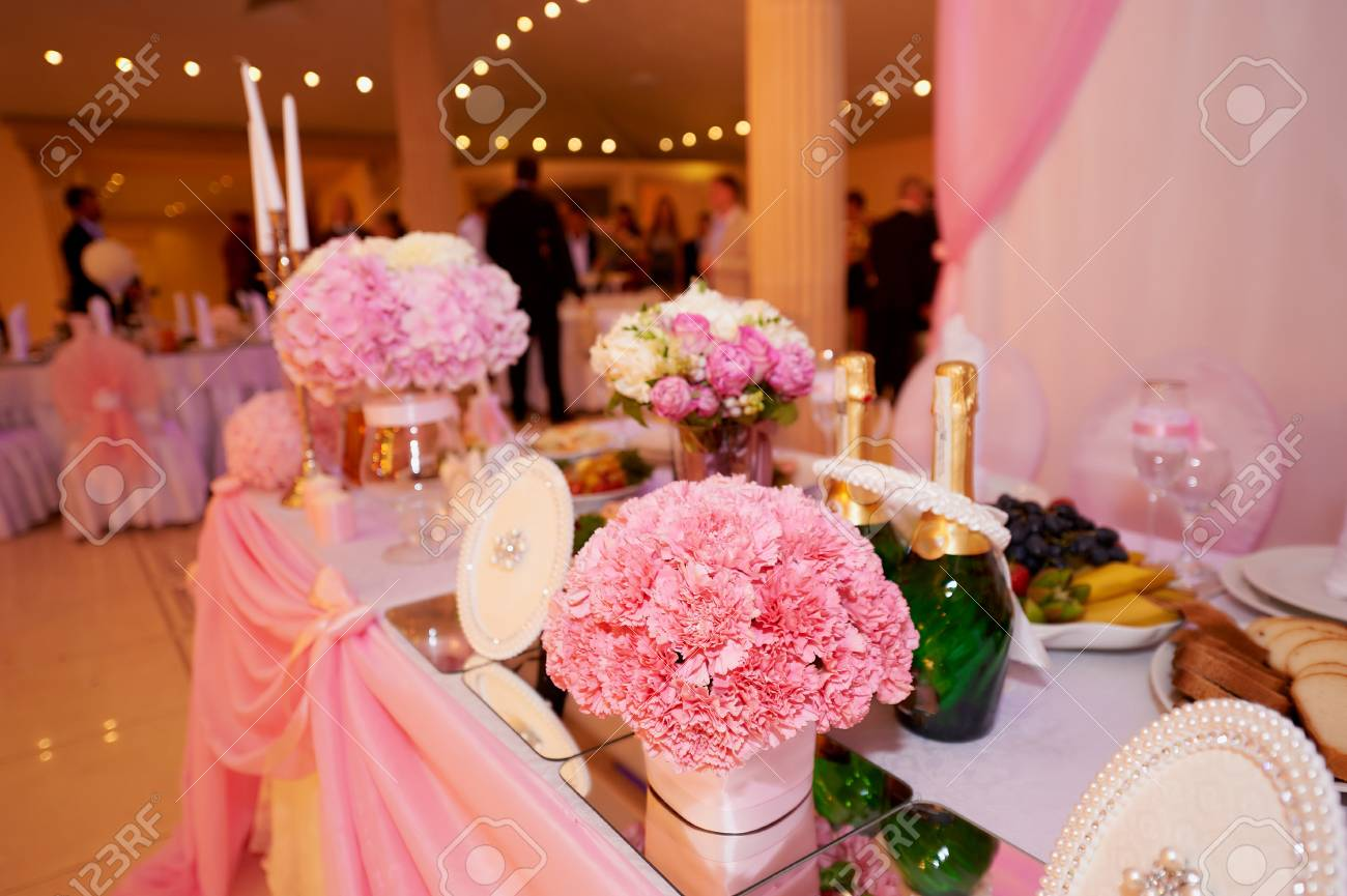 Wedding Table Decoration Newlyweds Decorated With Pink Peonies ...