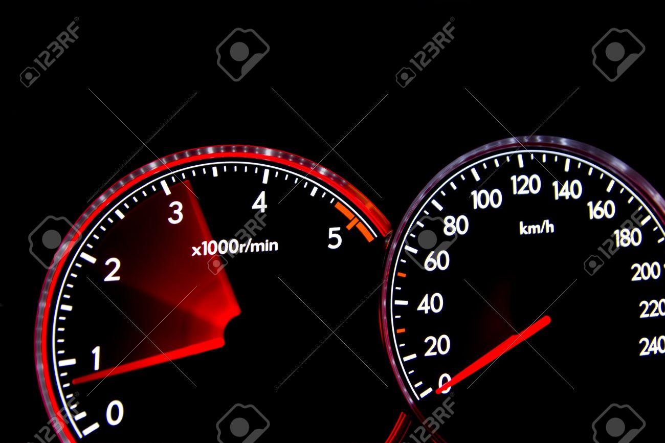 Auto-Armaturenbrett Lehren Beleuchtet, Drehzahlmesser, Tachometer ...   {Armaturenbrett auto 61}