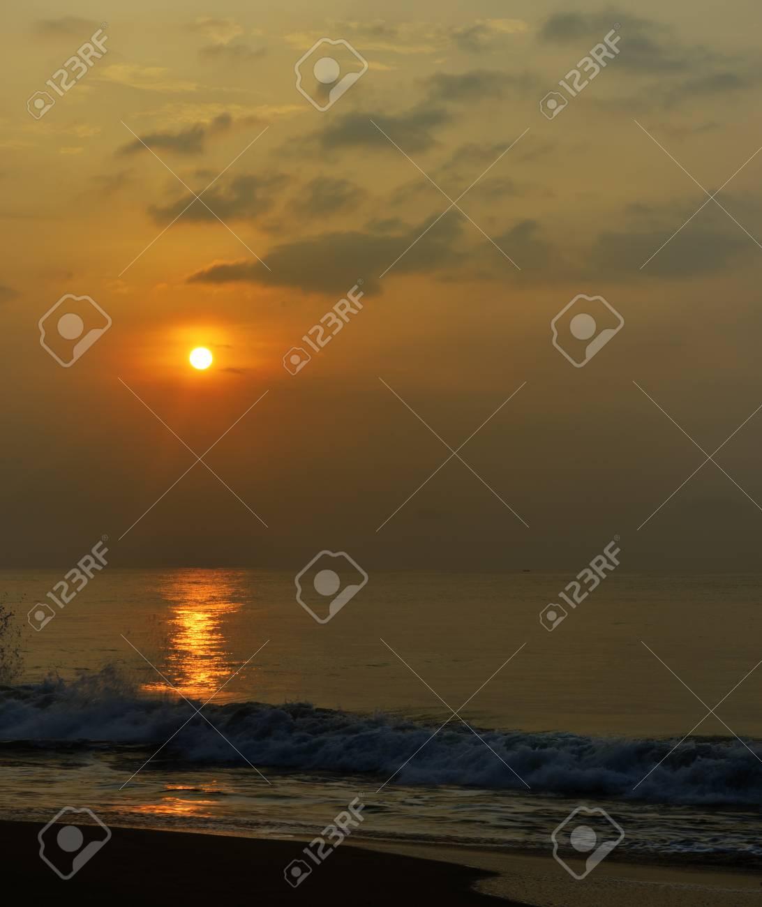 Sunrise over the ocean. The coast of the Indian ocean. The Island Of Sri Lanka Stock Photo - 17719062