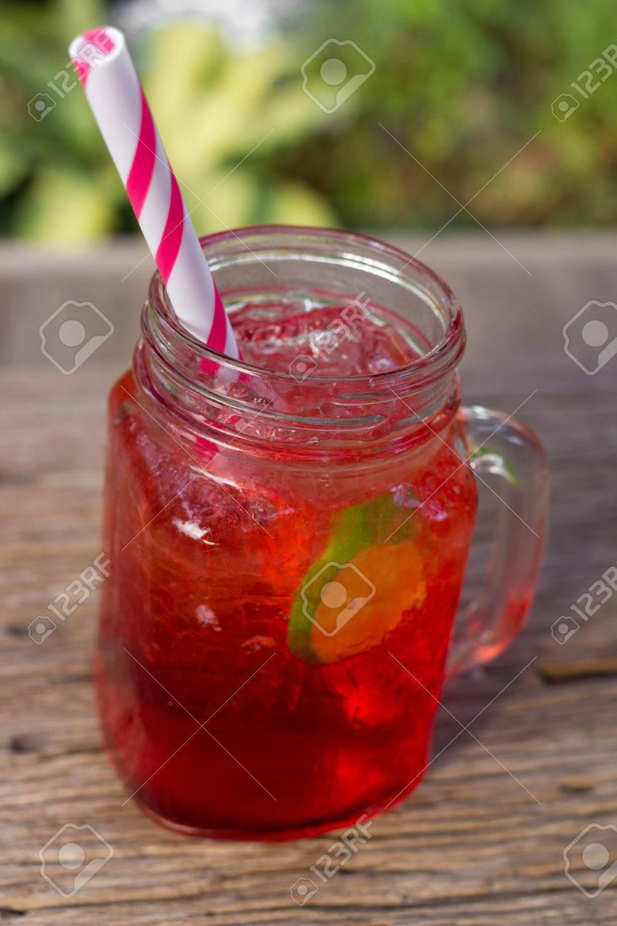 Strawberry Soda, Sommer Getränk, Italienisch Soda. Lizenzfreie Fotos ...