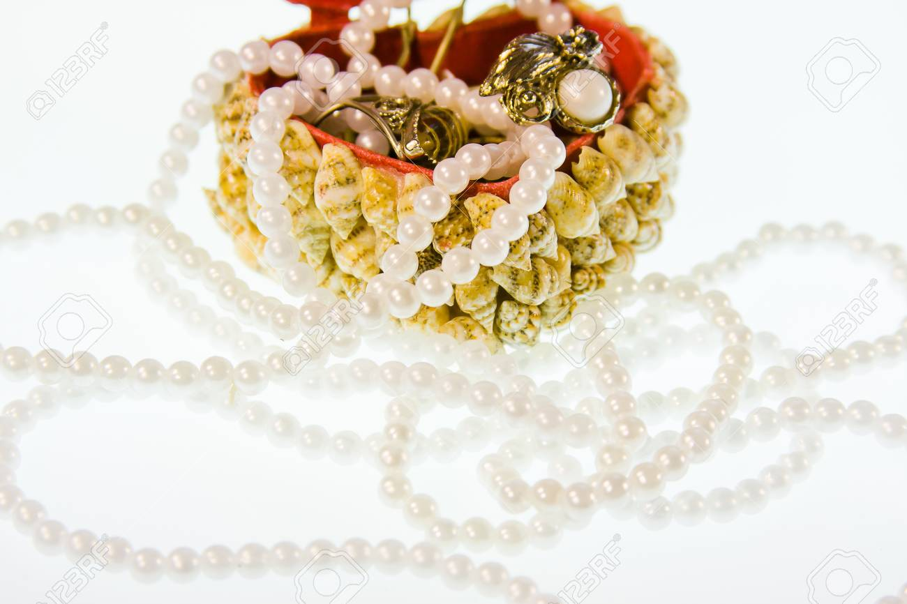small box from cockleshells with decorations on a white background Stock Photo - 17024342