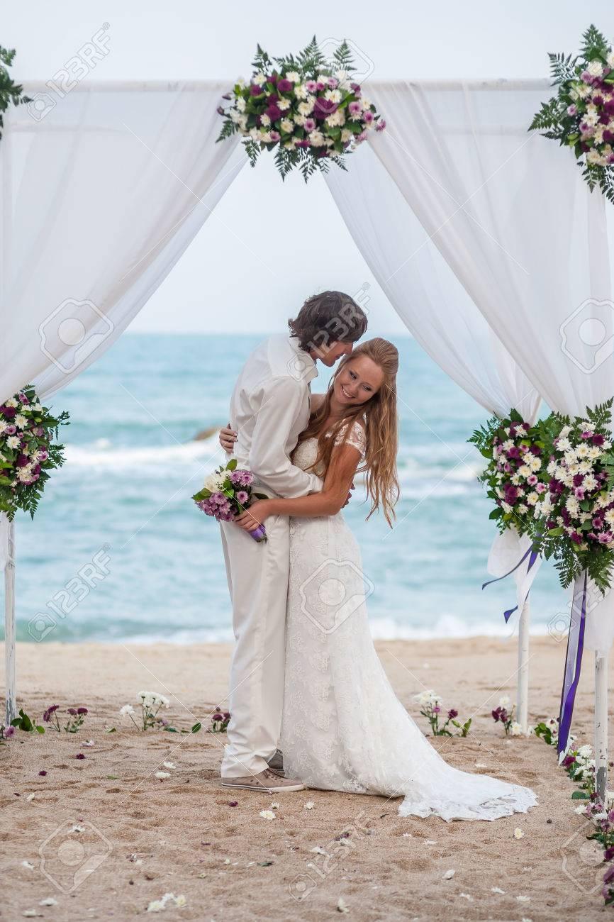 Braut Und Brautigam Auf Den Tropischen Strand Hochzeit Konzept