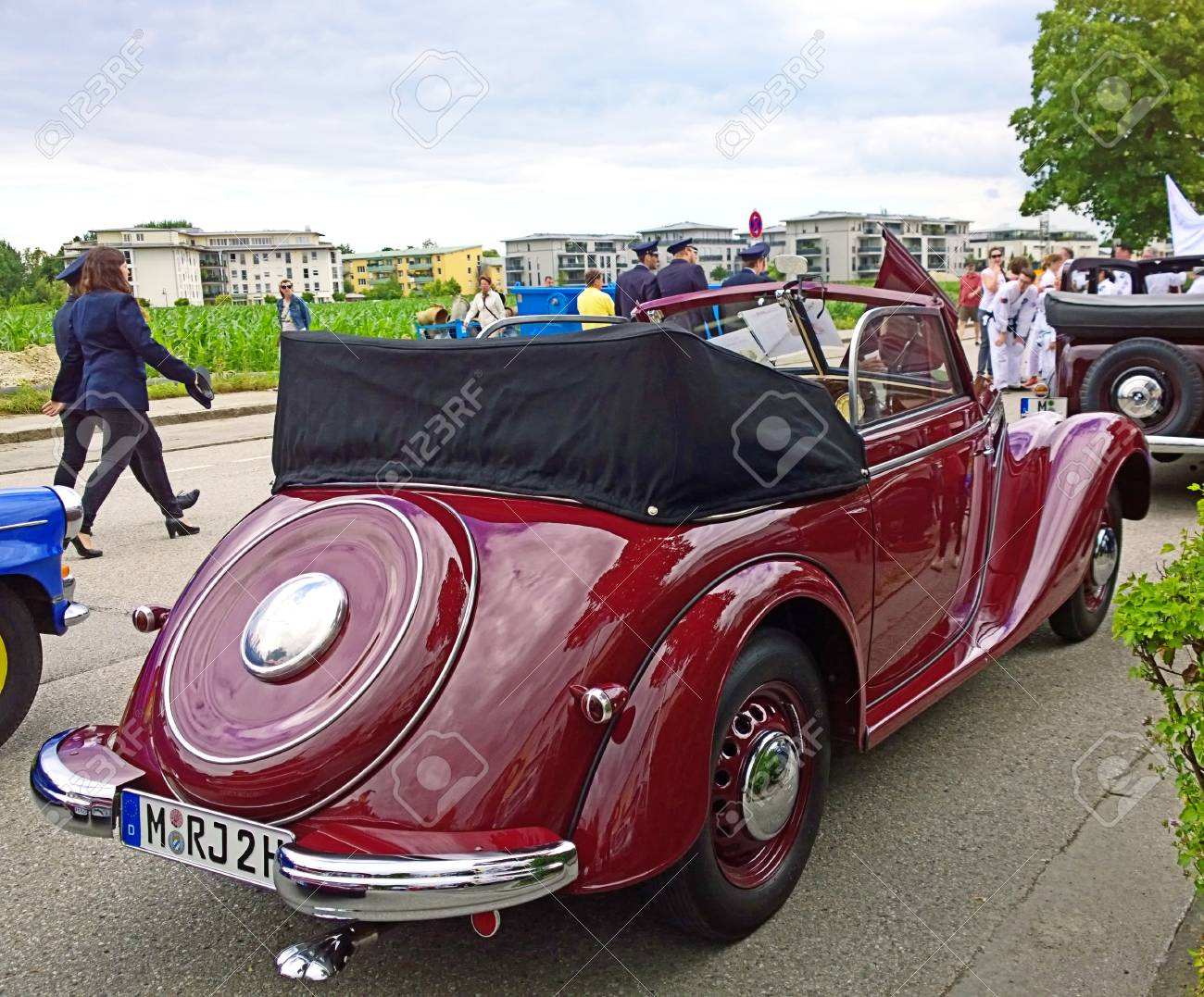 GARCHING, GERMANY - Vintage Cars At The Traditional Parade In.. Stock  Photo, Picture And Royalty Free Image. Image 60445557.