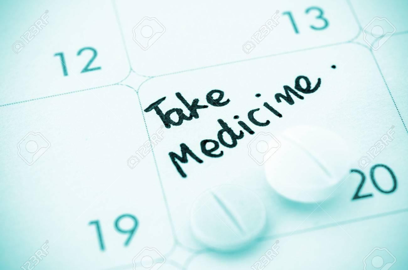 Recordatorio Tomar Medicamentos Por Escrito Y Medicina Píldoras En ...