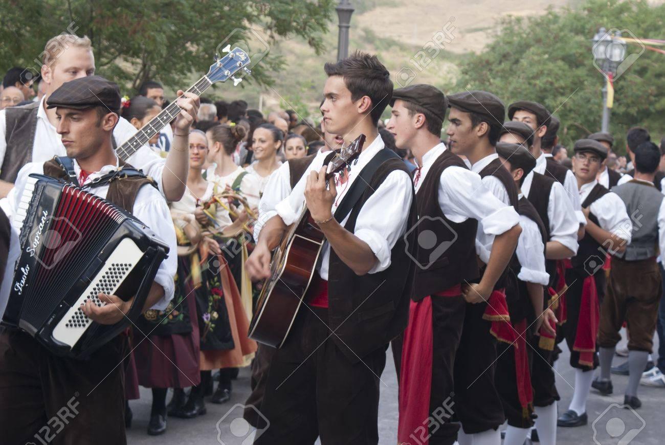 polizzi generosa sicily august 19 sicilian folk group at the