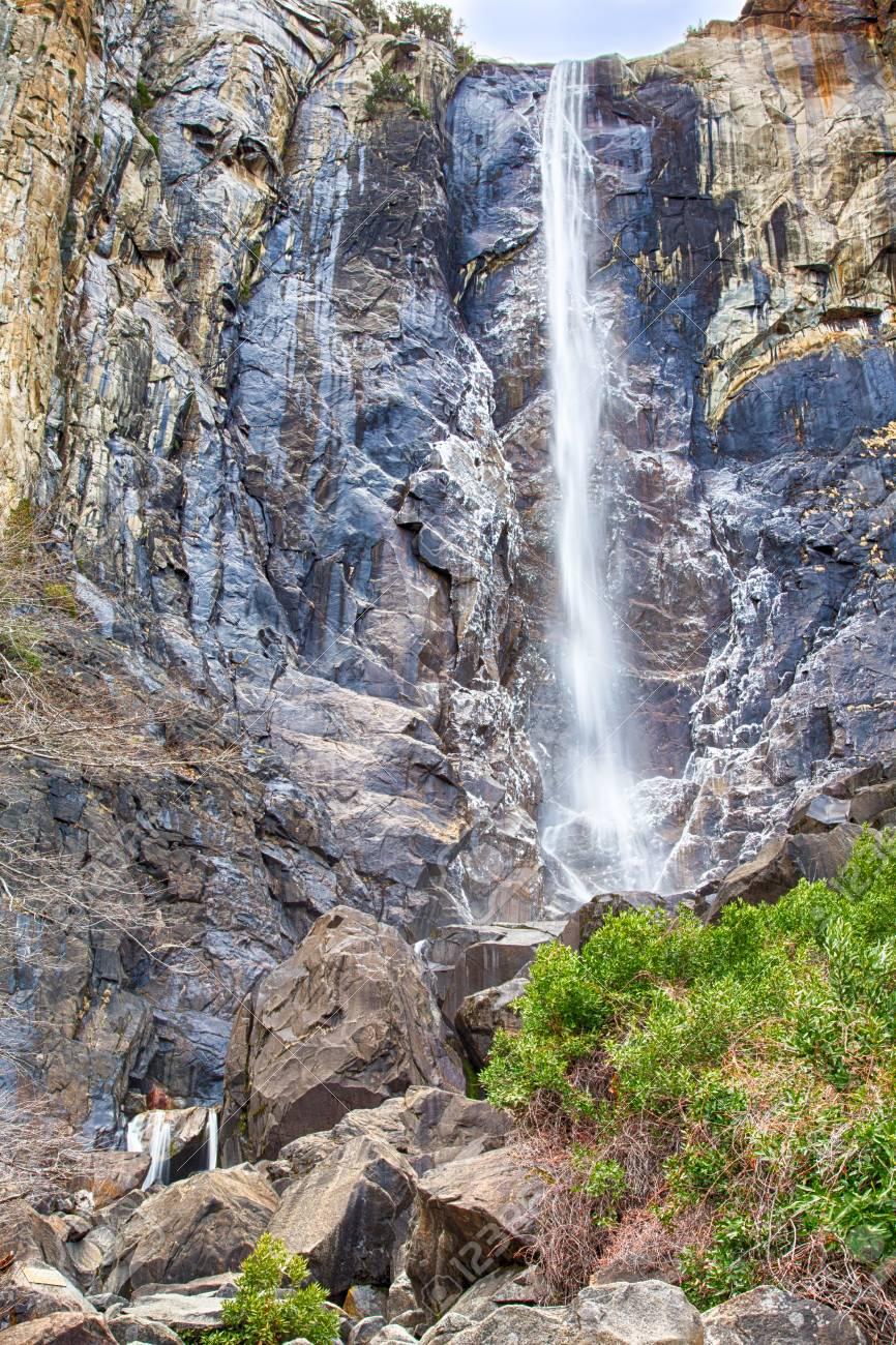 Iconic Bridalveil Falls in the Yosemite Valley. Yosemite National Park,  California, USA.